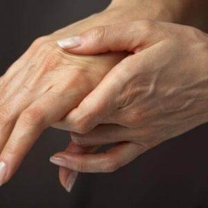 bolyat palcy ruk