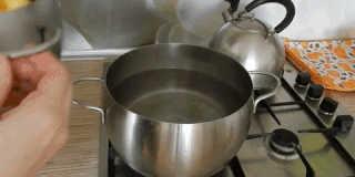 Как приготовить вафли: растопите сливочное масло