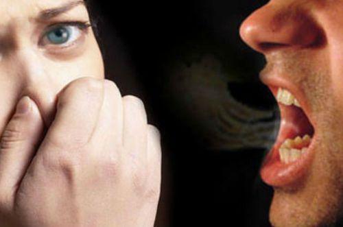 Запах ацетона в моче у взрослых и детей