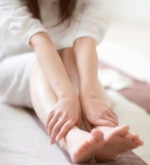 Ноющая боль в ноге ниже колена