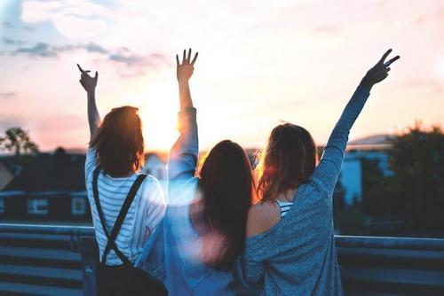 Друзья помогут пережить депрессию