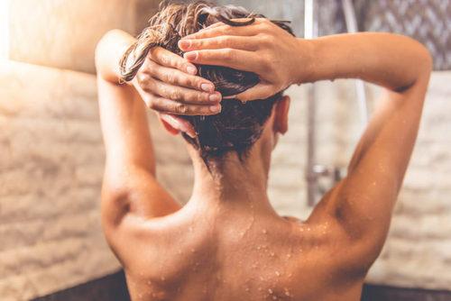 Когда лучше принимать душ: утром или вечером. Изображение номер 3