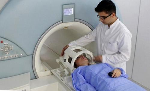 Проведение МРТ пазух носа