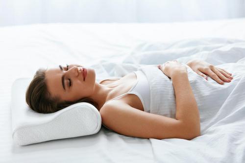 Вопрос: правда ли, что ортопедические подушки лучше обычных?. Изображение номер 2
