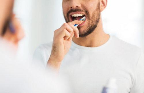 Вопрос: сколько зубной пасты нужно выдавливать на щётку. Изображение номер 2