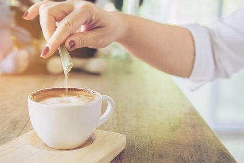 5 признаков, что вы едите слишком много сахара. Изображение номер 12