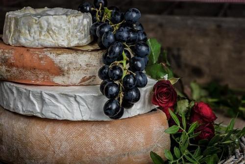 небольшое количество сухого вина положительно повышает эластичность сосудов
