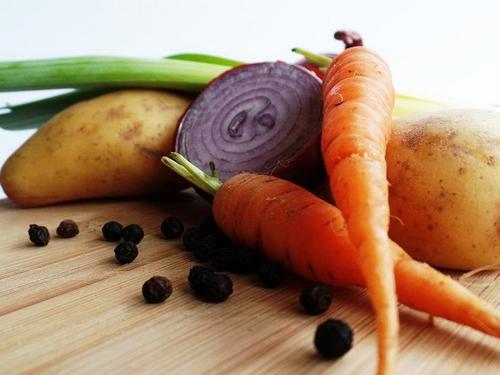 Картофель и морковь вредны для женщин