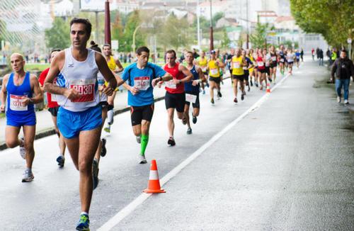 Опасно ли бежать марафон? Как правильно подготовиться и сохранить здоровье. Изображение номер 1