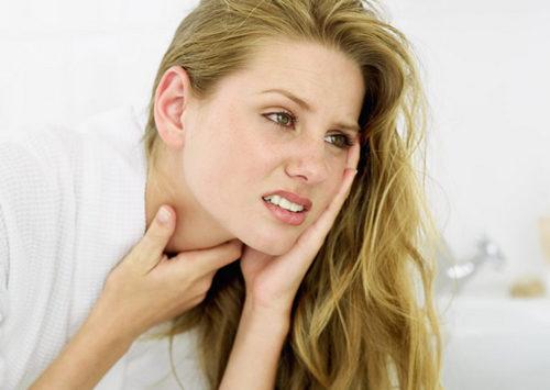 Сильно болит горло: почему, что делать и как вылечить. Изображение номер 5