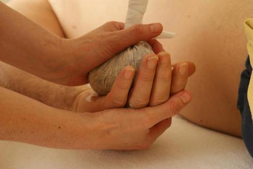 После процедуры дайте рукам отдохнуть