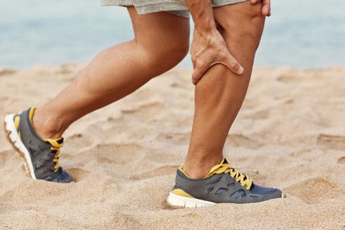 Вопрос: почему сводит ногу судорогой. Изображение номер 2