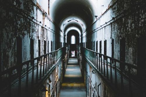 Кругом обман: почему нельзя верить выводам Стэнфордского тюремного эксперимента