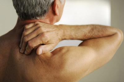 Определение симптомов и способы лечения грыжи шейного отдела позвоночника