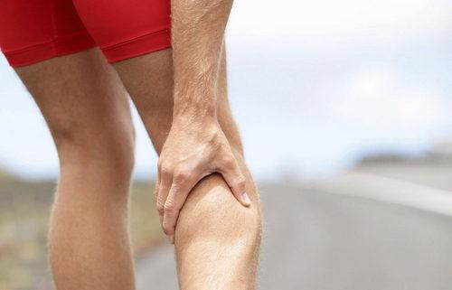 Судороги икроножных мышц, причины возникновения судорог