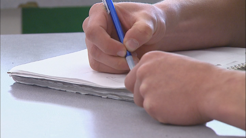 Школьный округ Поудре, объявляет о переходе на дистанционное обучение